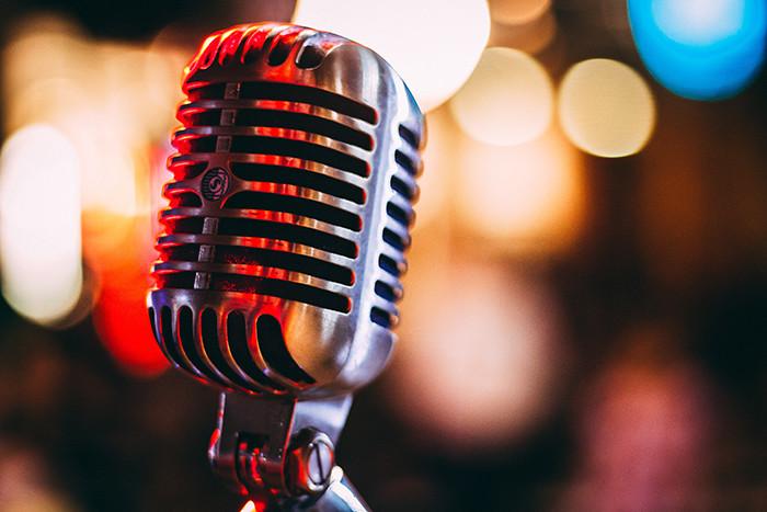 Meilleur Microphone pour Youtubeurs - Guide d'achat, Tests & Comparatifs