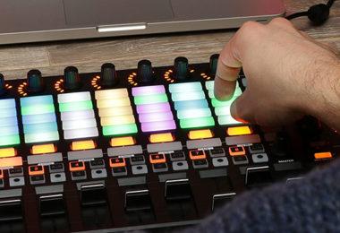 Comparatif des Meilleurs Contrôleurs MIDI